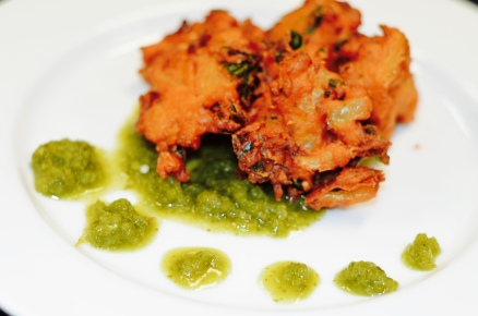 Yummy appetizer of veggie pakoras.